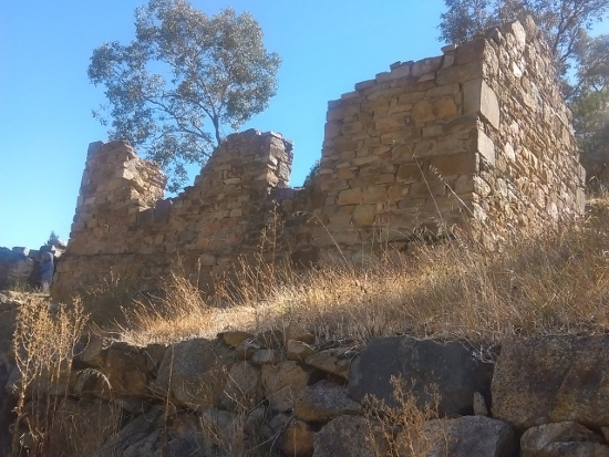 Adelong Falls and Gold Mill ruins